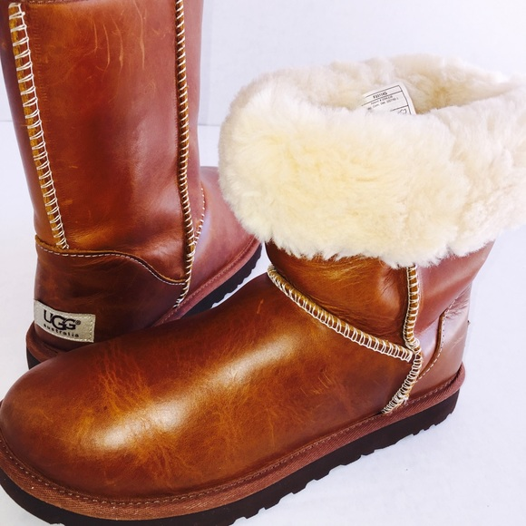 Ugg Australia Short Leather Water Resistant Boots