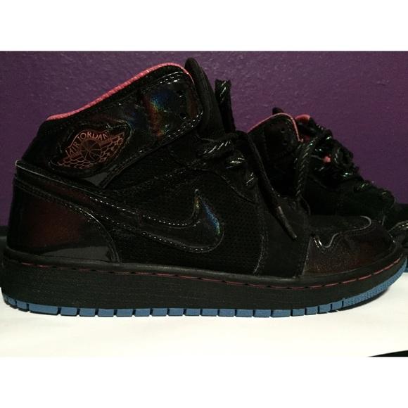 Jordan Shoes - Girls Jordan black sparkle-blue crystal fcd8a75ed