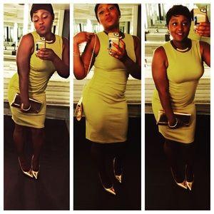 Dresses & Skirts - Green gold dress