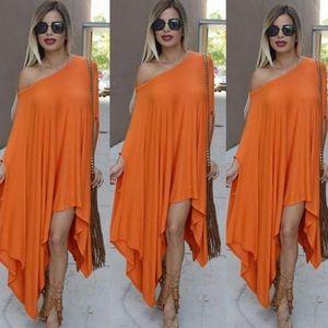 Dresses & Skirts - ⭐️Sold🌟Coral Poncho dress