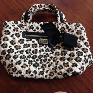 Betsey Johnson Handbags - Large Betsy Johnson leopard tote
