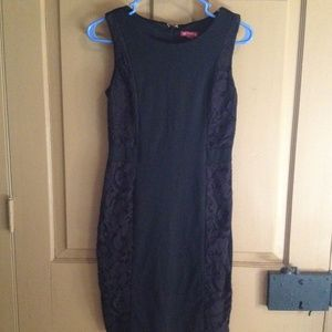 Merona Dresses & Skirts - Black dress with lace accents