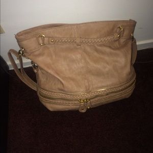 Nice purse for sale. Brand new.