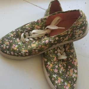 Green&Pink Floral Sneakers