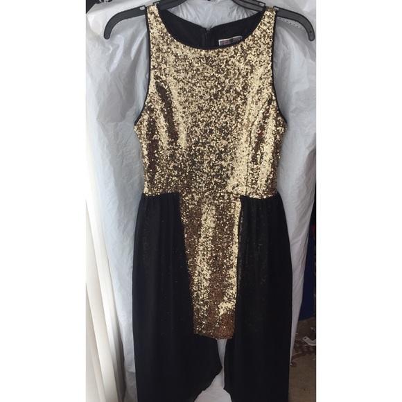 41b11823e841 Lipsy Dresses & Skirts - Lipsy gold sequin dress