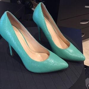 Cole Haan Teal Snakeskin Pointed Toe Pumps