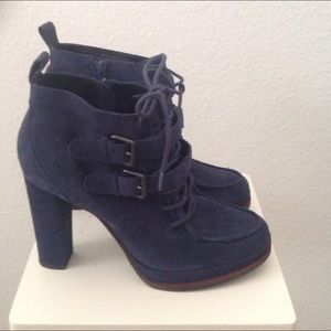 Boots - Suede Ankle Boot