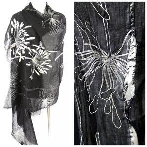 B44 Black Silver Metallic Foil Flower Scarf Shawl