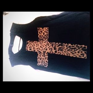 NWOT forever21 cut out cheetah cross tank