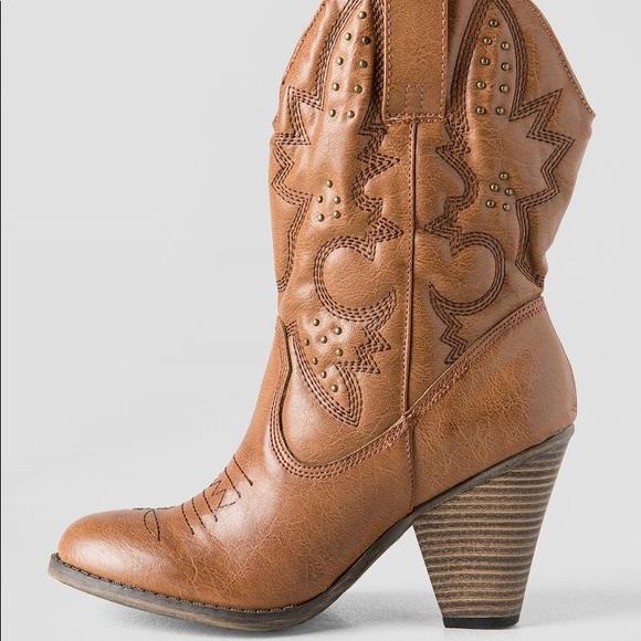 a1005143dae MIA Larue Cognac Heeled Western Cowboy Boot NWT