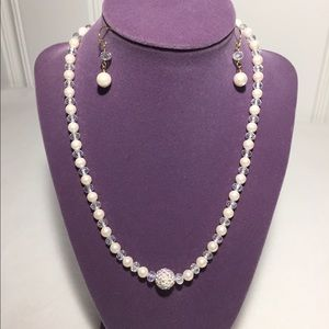 Jewelry - Pearl Crystal Necklace Set