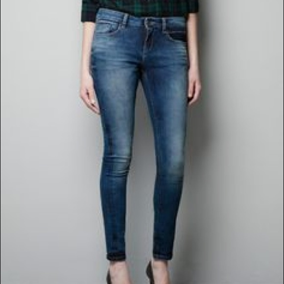 Zara Denim - Zara Mid Rise (very) Skinny Fit Jeans medium wash
