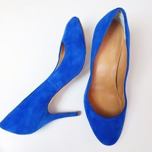 J. Crew Shoes - J.Crew blue suede Paulina pumps.