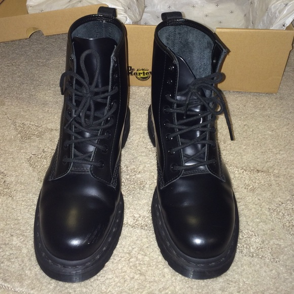 8baed498a930 Dr. Martens Boots - Dr. Martens 1460 Mono 8 Eyelet Boot in ALL Black