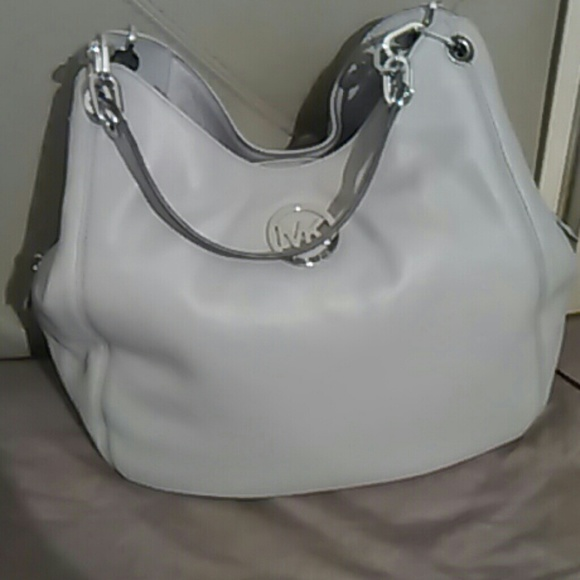 8925aec67376 Authentic Michael kors Fulton chain tote large