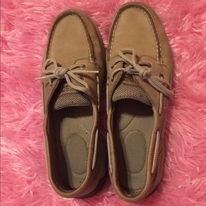 Classic Leather Sperry Top Siders.