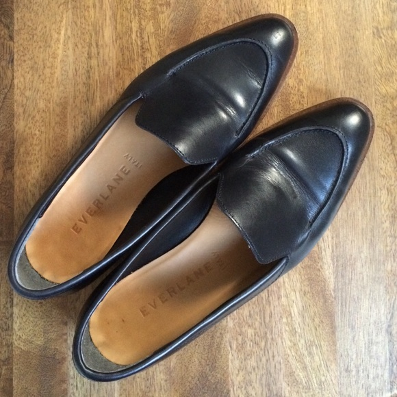 cc7336042d8 Everlane Shoes - Everlane Modern Loafer in black size 6