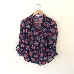 Love tree flower blouse M NWOT