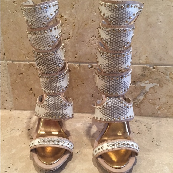 85 Off Bcbgmaxazria Shoes Bcbg Maxazria Snakeskin