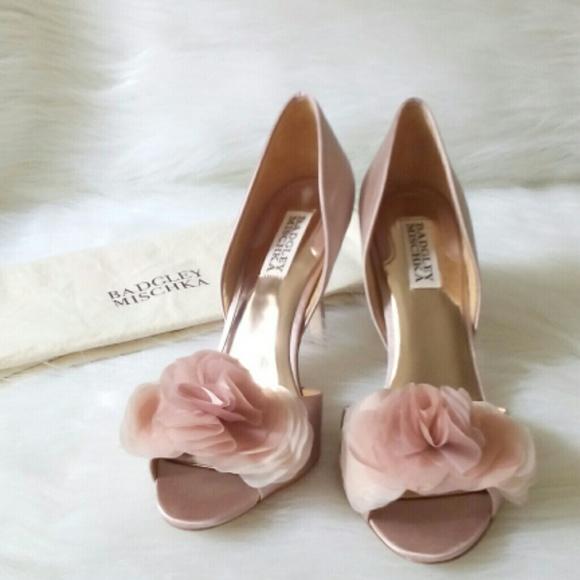 bbfc85805a27 Badgley Mischka Shoes - Badgley Mischka Blush Satin D Orsay Pumps