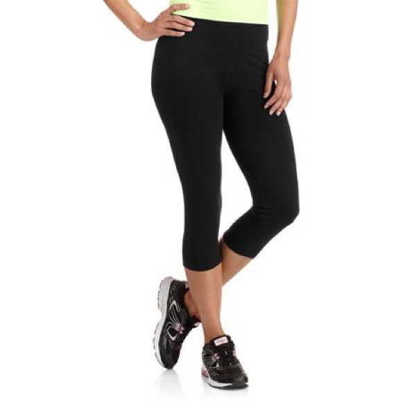 60% off Nike Pants - Danskin yoga capris from Kayla's closet on ...