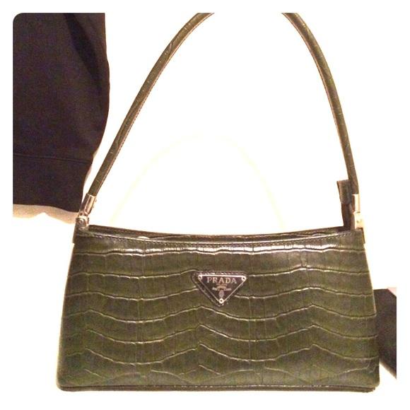 ... alligator green, Prada bag. M 55bff67b519f3a208c01ae8a 67be0c4485