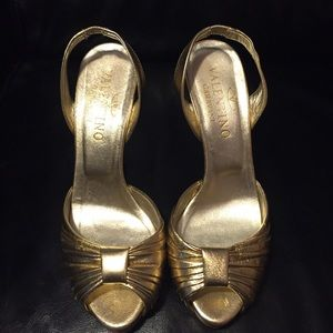Valentino Shoes - Valentino gold peep toe sling back heels
