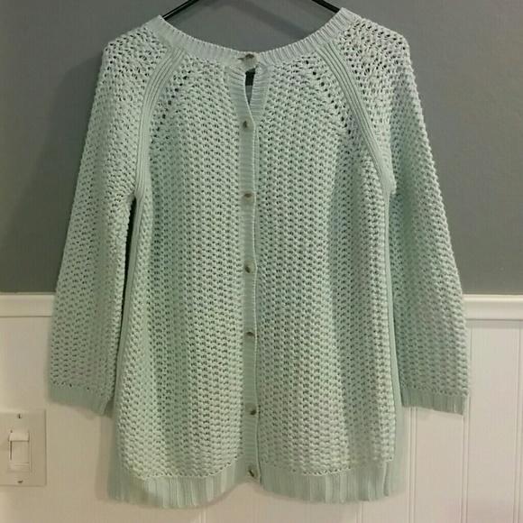 Knitting On The Net Buttonhole : Zara knit back button sweater from diana s closet