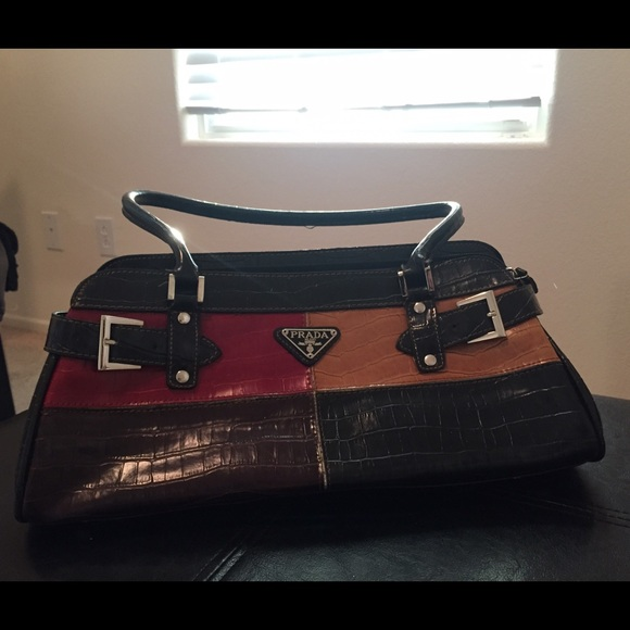 prada milano purse prices