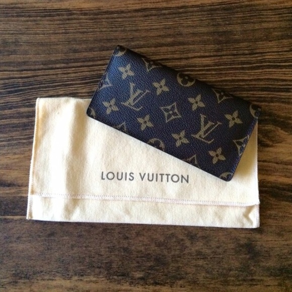 481af23361ce Louis Vuitton Clutches   Wallets - Louis Vuitton Checkbook Cover