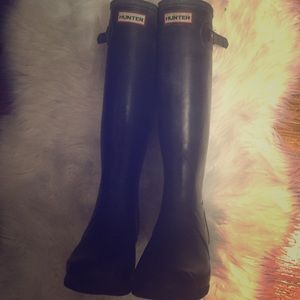 Beautiful hunter boots!