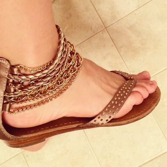 52b4fb6c5a2 dsw Shoes - Gold sandals