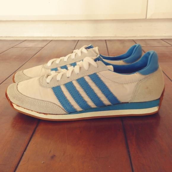 Le Scarpe Della Vecchia Scuola Adidaslike Poshmark Scarpe Vintage Superstar