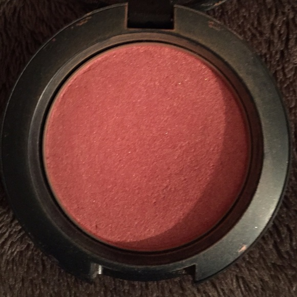 67% off MAC Cosmetics Accessories - MAC 'peachykeen' blush ...