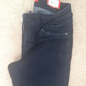Elle Denim - Brand new Elle jean legging!