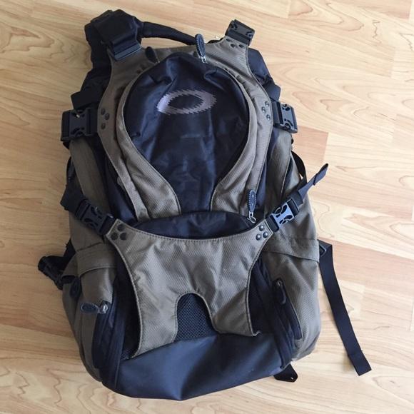 c6bdc87ee3 Mens Oakley Snoawboarding Snowboard Backpack Large