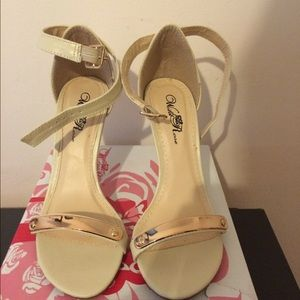 High heels with gold strap. Size 6.5
