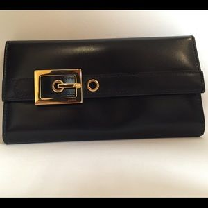 Authentic Gucci 'Lady Buckle' black wallet