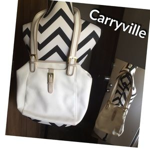 Carryville Convertible