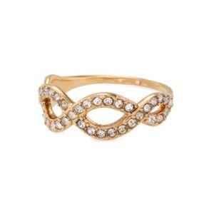 Stella & Dot Eternal Ring