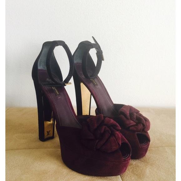 5124f52c3fef 66% off Louis Vuitton Shoes - Louis Vuitton Suede Ankle Strap Sandals from  Bianca   Louis Vuitton Shoes