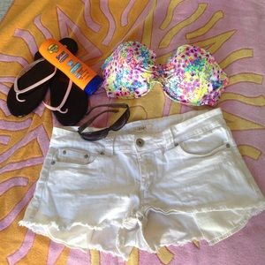 Forever 21 Outerwear - 🚩New Item🍃White Denim Shorts