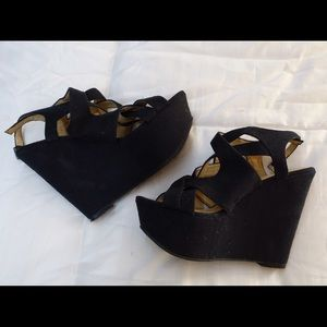 Kelsi Dagger black Suede Wedges