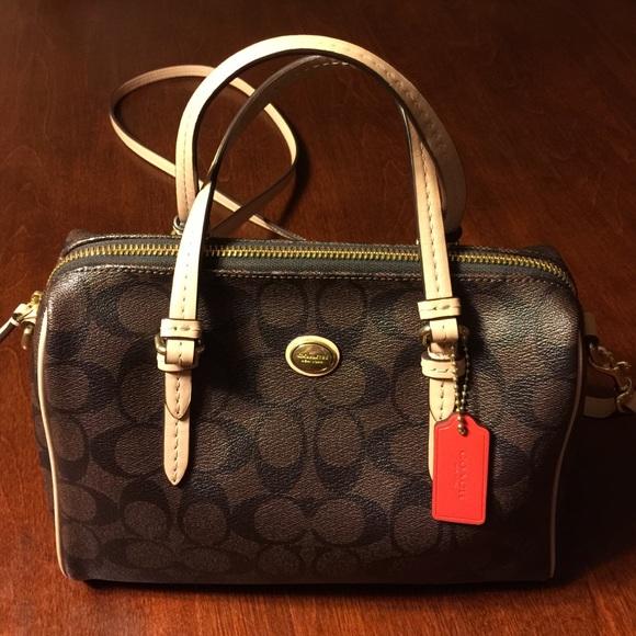 a85dbecb2be7 Coach Handbags - Coach Brown   Tan Peyton Bennett Mini Satchel