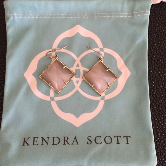 Kendra Scott Accessories - Kendra Scott earrings