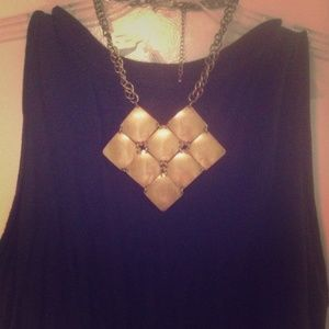 NWT Urban Outfitters statement necklace.