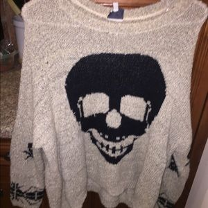 Sweaters - Knit sweater