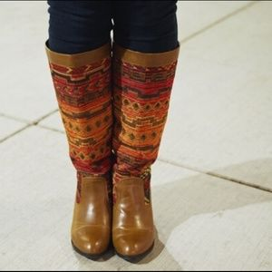 JustFab Shoes - Tribal blanket boots