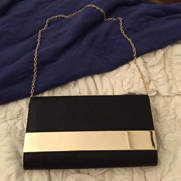 sold worldwide hot-selling real 100% authentic Aldo black and gold clutch purse