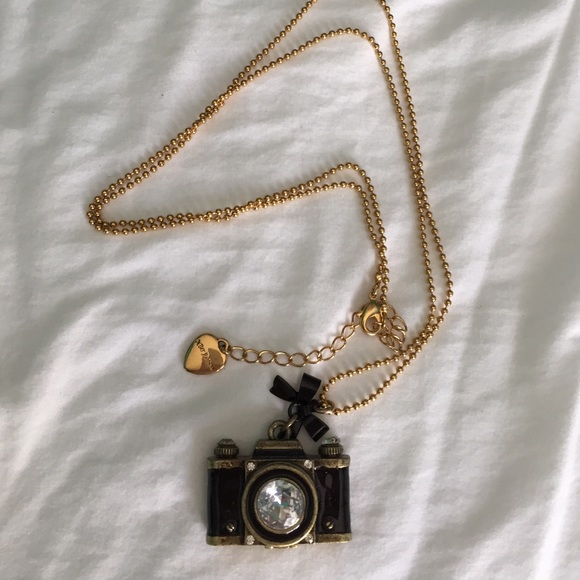 Betsey johnson jewelry betsy johnson goldtone camera pendant betsy johnson gold tone camera pendant necklace aloadofball Gallery